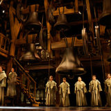 「ノートルダムの鐘」劇団四季の公演は中止?炎上シーンはカット?