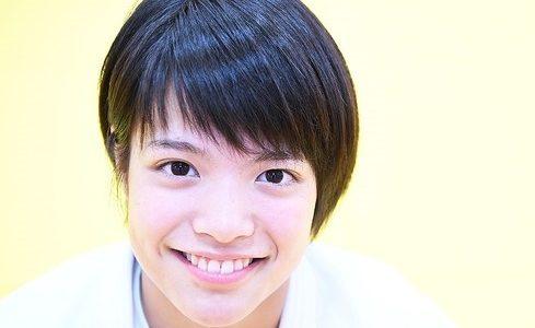 【画像】阿部詩の高校の名前は?夙川学院のかわいい制服姿や卒業式も!